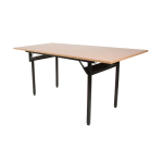 Banketový stôl H-500, 138 x 70 cmje klasický, obdĺžnikový stôl.