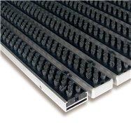 Šedá hliníková kefová vonkajšie vstupná rohož FLOMA Alu Super - dĺžka 100 cm, šírka 100 cm a výška 1,7 cm