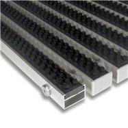 Čierna hliníková vonkajšia kefová vstupná rohož FLOMA Alu Super - dĺžka 100 cm, šírka 100 cm a výška 2,2 cm