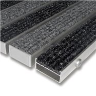 Textilné hliníková vnútorné vstupná rohož FLOMA Alu Wide - dĺžka 100 cm, šírka 100 cm a výška 2,2 cm