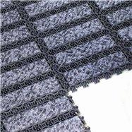 Čierna plastová vnútorná čistiaca vstupná rohož FLOMA - dĺžka 20,5 cm, šírka 20,5 cm a výška 1,6 cm