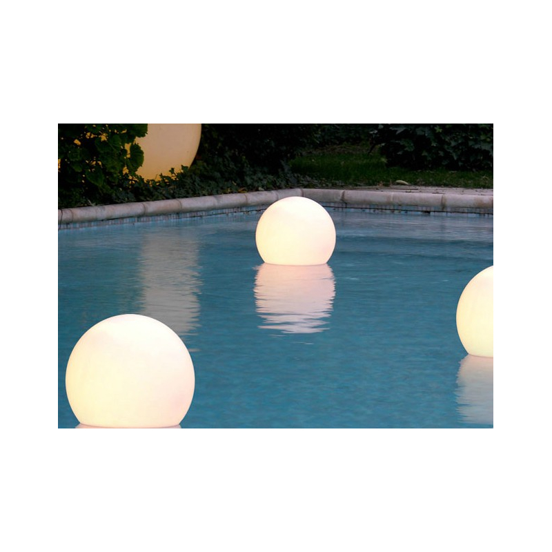 Záhradné dizajnové osvetlenie ACQUAGLOBO