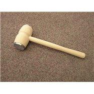 Dřevěná palička s kovem